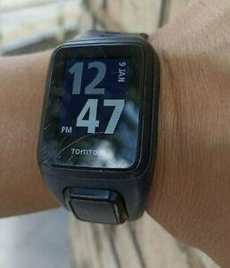TomTom Spark music GPS runner fitness Watch 4REM !