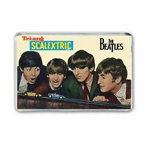 """Retro 1964 """"Les Beatles avec Tri-ang SCALEXTRIC Jumbo Réfrigérateur/Vestiaire Aimant"""