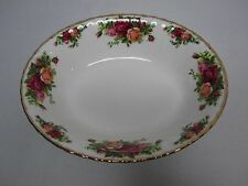 "VINTAGE ROYAL ALBERT OLD COUNTRY ROSES 9"" X 7 1/2"" OVAL VEGETABLE SERVING BOWL"