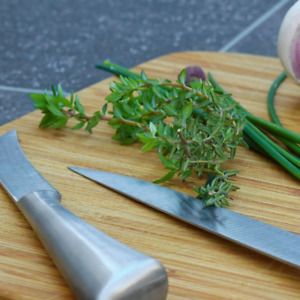 Thymus vulgaris (Common Thyme) ORGANIC Kitchen Herb Seeds | Garden or Indoor UK