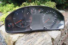Tacho kombiinstrument Audi A4 1.9 TDI 8D0919881H FIS