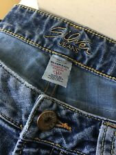 Silver Suki Surplus Bootcut Women's Distressed Embroidered Jeans Size 31x 32
