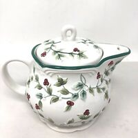 """PFALTZGRAFF Christmas Winterberry Sculpted Teapot with Strainer ~ 6"""" tall"""