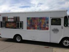 Very Spacious P30 Step Van Kitchen Food Truck / Used Kitchen on Wheels for Sale