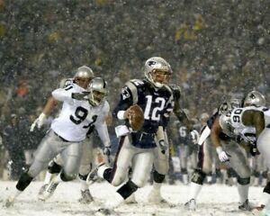 TOM BRADY 8X10 PHOTO NEW ENGLAND PATRIOTS PICTURE NFL FOOTBALL SNOW