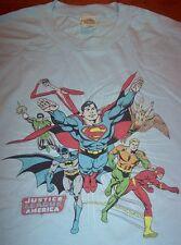 SUPER FRIENDS JLA JUSTICE LEAGUE T-Shirt MEDIUM NEW FLASH Batman SUPERMAN