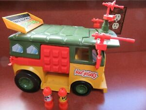PLAYMATES TEENAGE MUTANT NINJA TURTLES PARTY VAN
