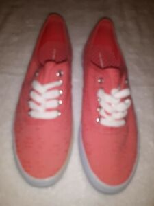 CITY SNEAKERS WOMENS SIZE 6 1/2  PINK & WHITE - NEW