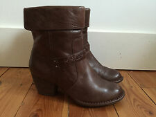 CLARKS LADIES BROWN LEATHER ANKLE BOOTS UK6.5