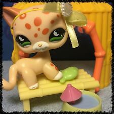 Littlest Pet Shop TAN ORANGE SPOTTED LEOPARD CAT GREEN EYES 852 BLEMISHED