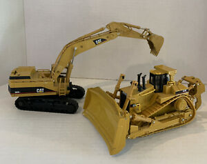Caterpillar Cat 365B L Series Excavator Norscot 1:50 Caterpillar D11R Bulldozer