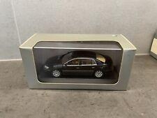 Modellauto 1:43, VW Phaeton, Schwarz, Paul´s Model Art Minichamp