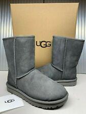 New UGG Australia Women's Classic Short II Boots Shoes 1016223 Grey SZ 8