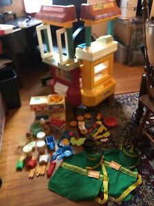Vintage McDonald's Drive Thru Playset Fisher Price With Play Food Accessories
