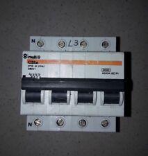 Interruttore Magnetotermico Merlin Gerin C 32A  trifase