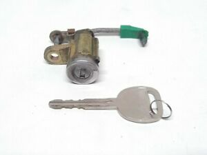 04-12 Chevy Colorado GMC Canyon OEM Tailgate Lock Cylinder With Key
