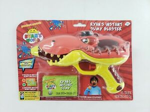 Ryan's World ORB Instant Slimy Blaster Gun Package Fun Toy Review Slime Age 5+