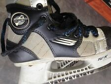 Bauer Vapor Agility  ice skating boots black skate hockey boys size  4.5