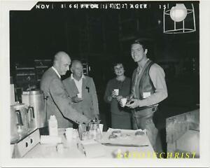 MGM Film Set Photo CHAD EVERETT Director James Neilson RETURN OF GUNFIGHTER 1967