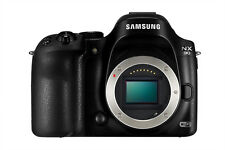 Samsung NX30 Smart Wi-Fi video digital Camera (Body only) NTSC/PAL  BOXED