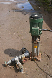 Industrial 3-phase Electric water pump - Asea/Caprari HVX9/4. 3kw.