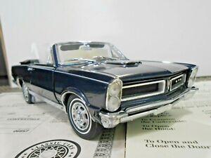 "Danbury Mint 1:24 1965 Pontiac  GTO Convertible ""Midnight Blue"" *RARE*"