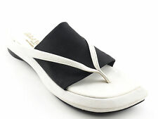RARE Hardly Worn ROBERT CLERGERIE White Leather Thong Sandals 7.5 AA