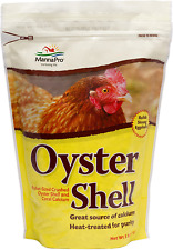 MannaPro Crushed Oyster Shell | Egg Laying Chickens | 5 Lb