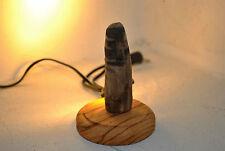 lampada abat-jour artigianale da compagnia, legno d'ulivo e led