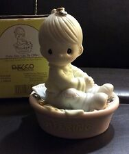 Precious Moments Figurine Only One Life To Offer 325309 1997