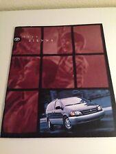 1999 Toyota Sienna 32-page Original Sales Brochure