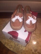 Brand New in Box Venettini Loafers Brown With White Tassel Boys Size 25