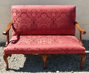 Stickley Williamsburg Mahogany Settee CW-154 Red Damask Silk Fabric Rare