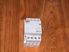 contacteur relais 40A triphasé tetrapolaire merlin gerin 15386 ( neuf ) .