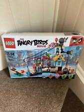 Angry birds Pig city teardown 75824 Hard To Find Retired Product