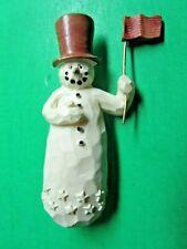 Vintage Brown Top Hat & Flag Snowman Wood Look Resin Christmas Pin (19)