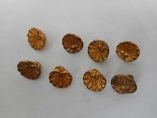 8 PETITS BOUTONS COQUILLE EN METAL OR