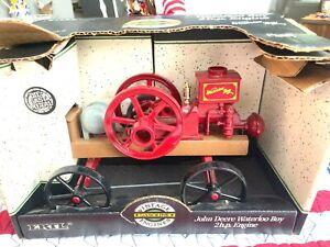 ERTL-John Deere-Waterloo Boy-2 hp Engine-Die-Cast Metal-#5645-1:8 Scale NIB