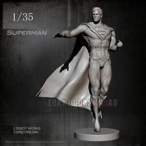 Superman is Coming Unpainted 1/35 Resin Figure Model Kit Garage Kit Unassembled