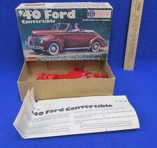 1940 Ford Convertible Plastic Model Kit 1/32 Lindberg 2120 Red Original Box