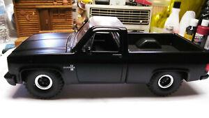 1985 Chevy Truck Square Body Diecast Model Silverado C-10