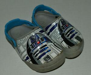 Boys Size 9 Star Wars R2D2 Light Up Gray Crocs Water Shoes Clog