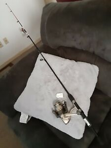 Spinning fishing Rod ZEBCO 5' Ultra Light and reel Quantum Lot B46