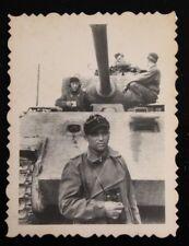 Foto 2wk Panzer V Panther cadenas vehículo prismáticos operador de radio b4