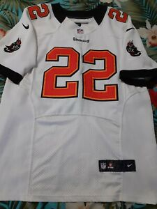 Nike NFL Tampa Bay Buccaneers Football Jersey #22 D Martin ON FIELD SIZE 40!