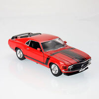 1970 Ford Mustang Boss 302 American Classic 1:24 Scale Die-Cast Model Car