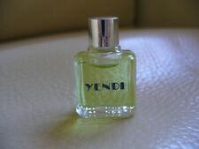 miniature de parfum pour collection : yendi de capucci  bouchon argenté neuf