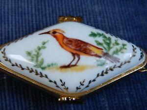 "A BEAUTIFUL "" DEL PRADO "" T/BOX WITH BIRD AND GILT DECORATION"