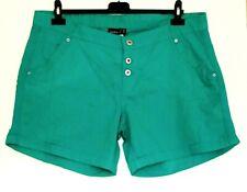 Neu Janina Damen  Shorts Gr.46,48,50 52 Rot Grün Weiß Übergroße