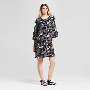 Isabel Maternity Bell Sleeve Floral Dress Black & White